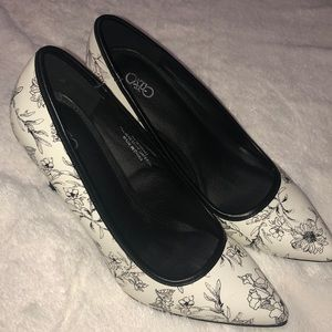 Black and white floral print shoes